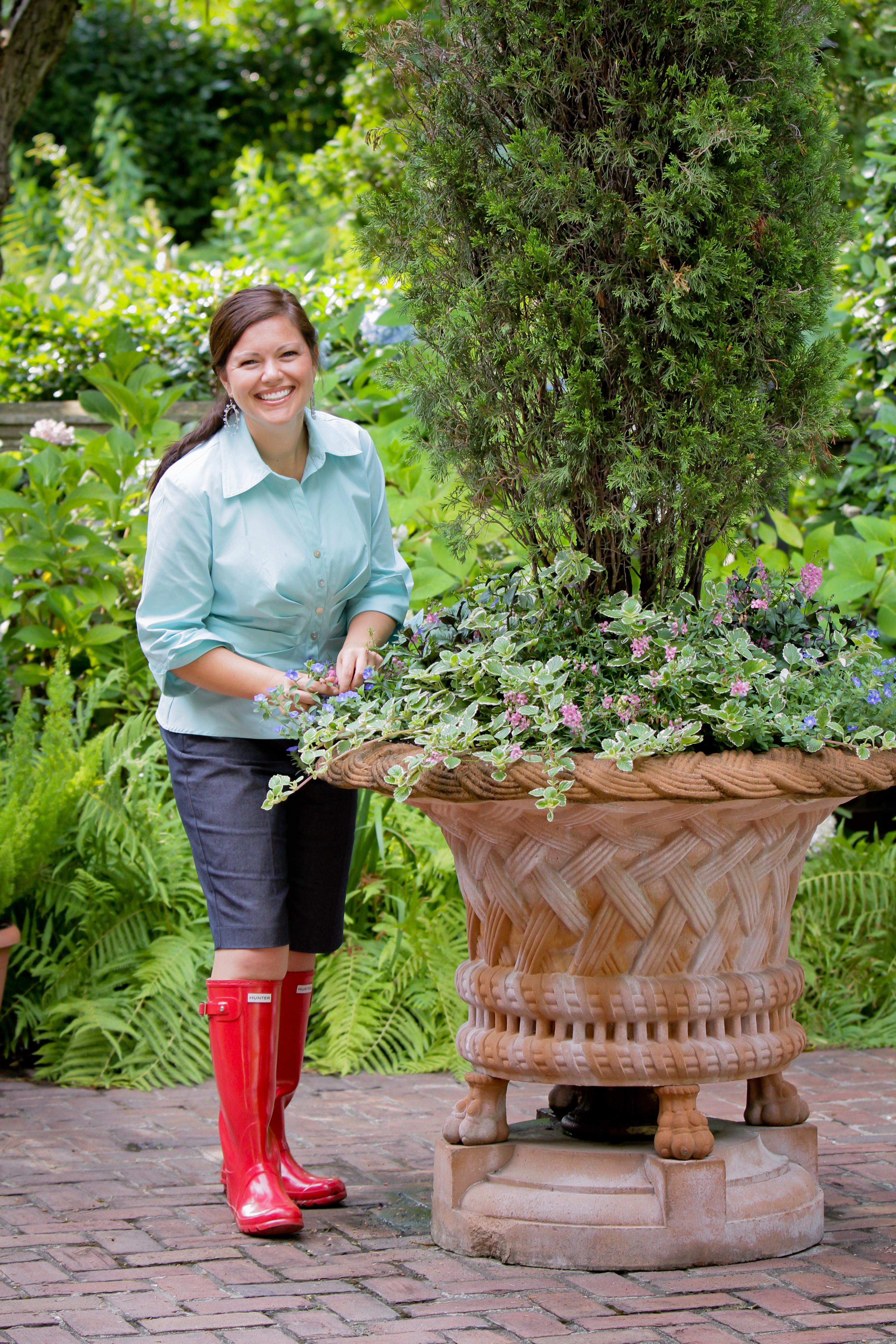 Carmen Johnston Gardens:Win a Pair of Hunter Rain Boots | Carmen